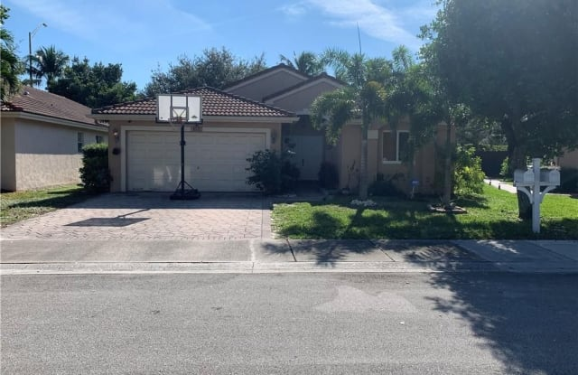 4571 Little Palm Ln - 4571 Little Palm Lane, Coconut Creek, FL 33073