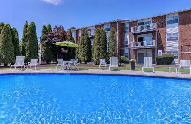 Parkview Apartments - 270 Spring St, Naugatuck, CT 06770