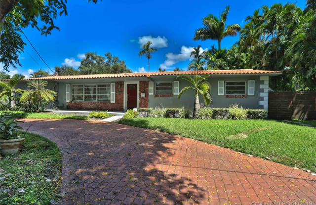 615 NE 115th St - 615 Northeast 115th Street, Biscayne Park, FL 33161
