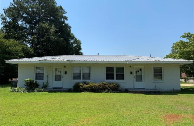 327 W Central Avenue - 327 W Central Ave, Raeford, NC 28376