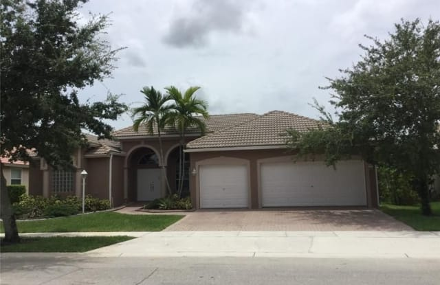 1334 NW 139TH TE - 1334 Northwest 139th Terrace, Pembroke Pines, FL 33028