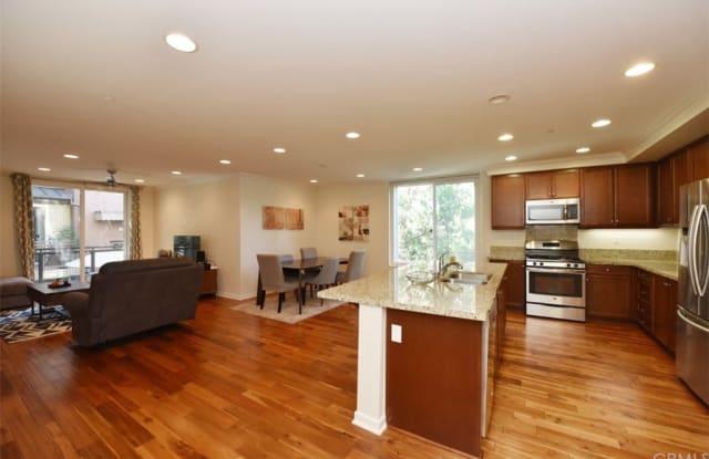533 Rockefeller - 533 Rockefeller, Irvine, CA 92612
