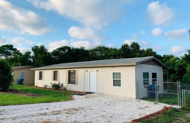 442 Briarwood Lane - 442 Briarwood Lane, Spring Hill, FL 34606