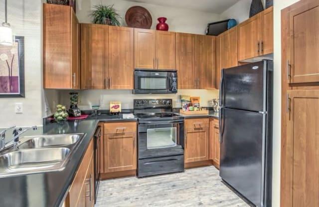 Lofts at 7100 - 7100 Grand Montecito Pkwy, Las Vegas, NV 89149
