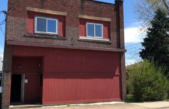 810 Miller Avenue Unit 4 - 810 Miller Ave, Clairton, PA 15025