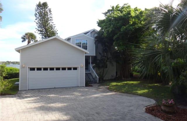 12 N CASEY KEY ROAD - 12 North Casey Key Road, Sarasota County, FL 34229