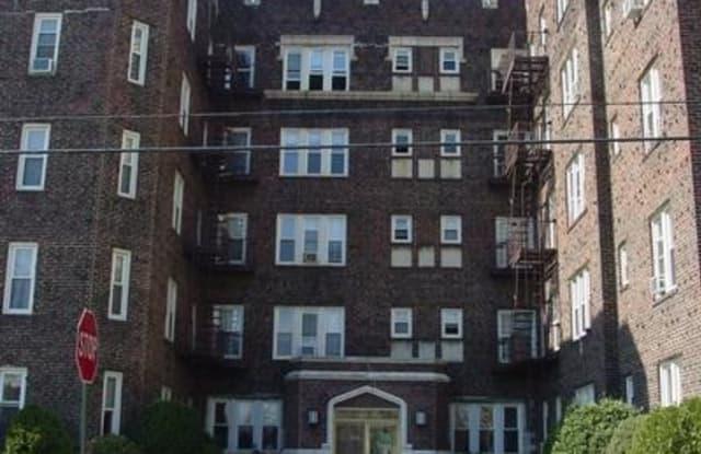 101 Terrace Ave - 101 Terrace Avenue, Hasbrouck Heights, NJ 07604