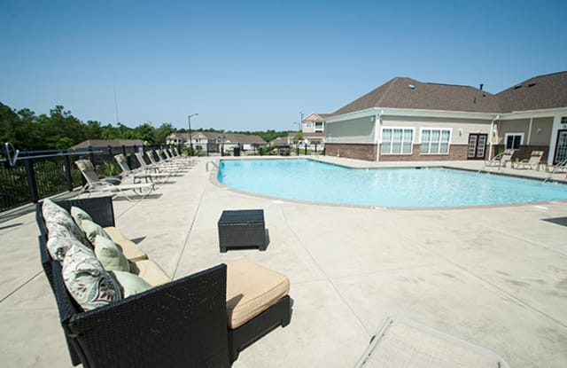 The Enclave at Pamalee Square - 1014 Enclave Dr, Fayetteville, NC 28301