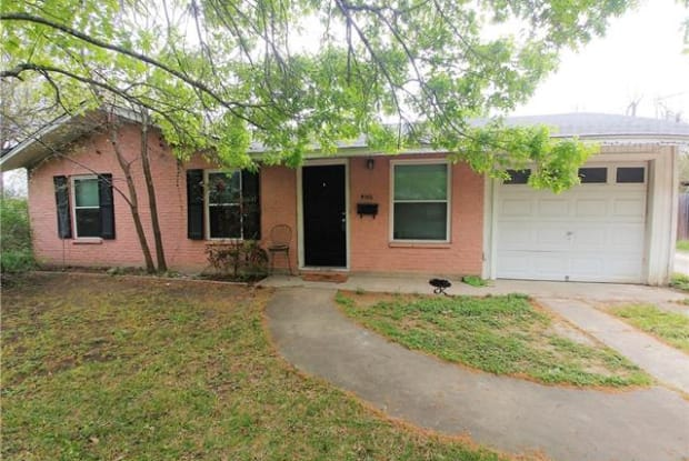 4516 Russell DR - 4516 Russell Drive, Austin, TX 78745