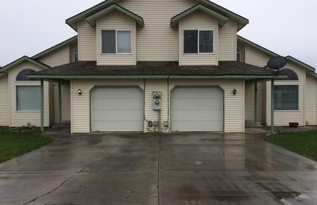 7975 Bertram Way #B - 7975 Bertram Way Northeast, Cascade Valley, WA 98837