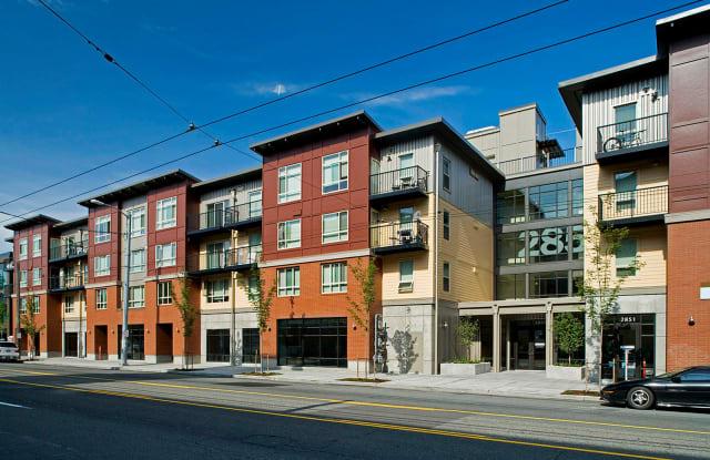 Eastlake 2851 on Lake Union - 2851 Eastlake Ave E, Seattle, WA 98102