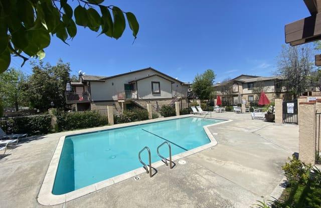 Gladstone Ridge - 435 W Gladstone St, Glendora, CA 91740