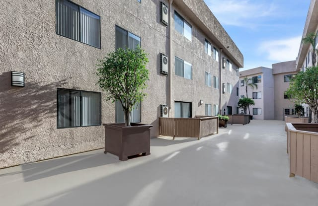 Pasadena Park Place Apartment Homes - 101 Bridewell St, Los Angeles, CA 90042