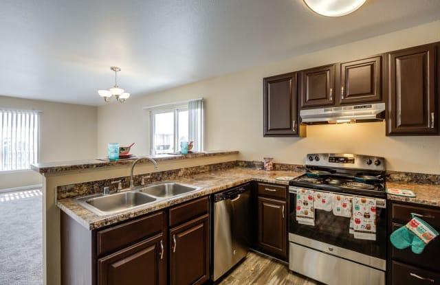 Belle Creek Apartments - 9458 Longs Peak Dr Suite #110, Commerce City, CO 80640