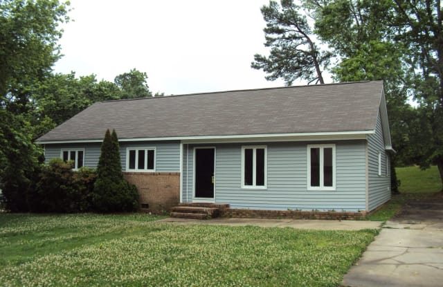 5934 Bluebonnet Road - 5934 Bluebonnet Road, Charlotte, NC 28212