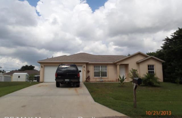 741 Swan Ave - 741 Southwest Swan Avenue, Port St. Lucie, FL 34983