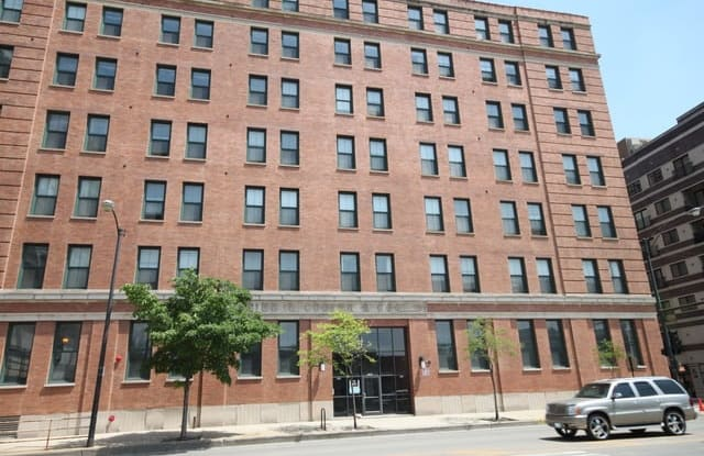1545 South State Street - 1545 South State Street, Chicago, IL 60605