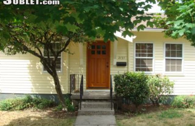 2737 Se 23rd Ave - 2737 Southeast 23rd Avenue, Portland, OR 97202