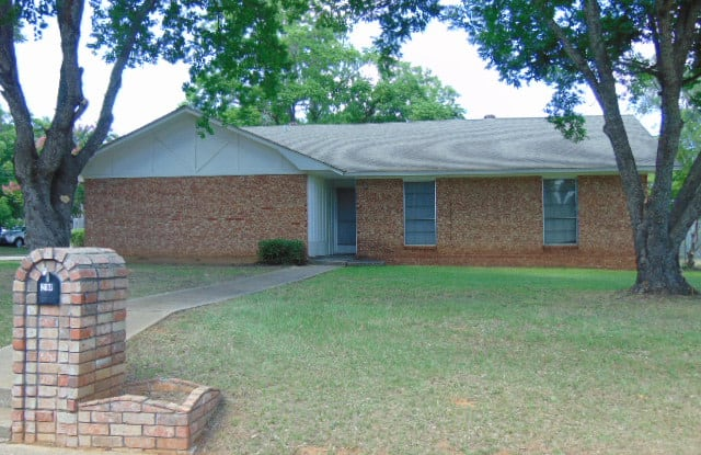 214 Woodhaven Street - 214 Woodhaven St, Jacksonville, TX 75766