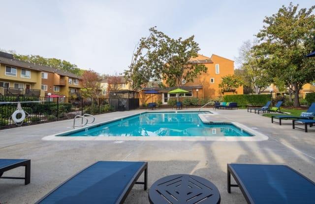 Rancho Luna Sol - 3939 Monroe Ave, Fremont, CA 94536