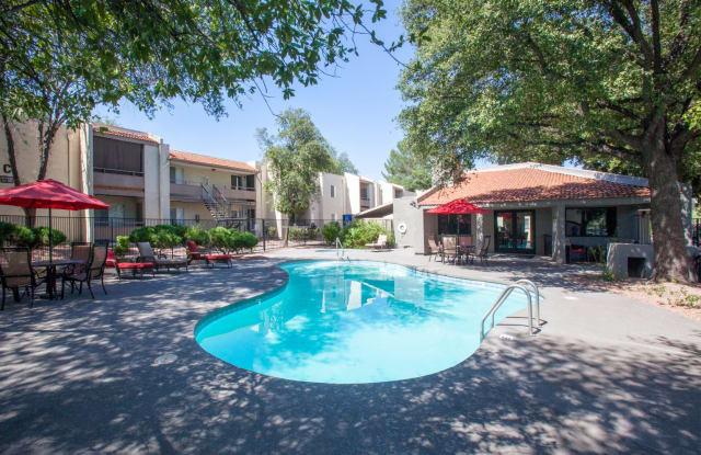 Saguaro Villas - 200 S Pantano Rd, Tucson, AZ 85710