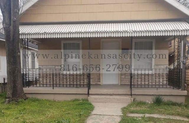 81 South 18th Street - 81 South 18th Street, Kansas City, KS 66102