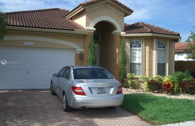 11228 NW 78th Ln - 11228 Northwest 78th Lane, Doral, FL 33178