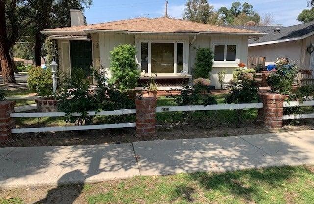 20935 Avenue San Luis - 20935 Avenue San Luis, Los Angeles, CA 91364