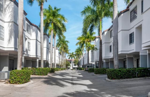 Promenade at Aventura Apartments - 19680 E Country Club Dr, Aventura, FL 33180