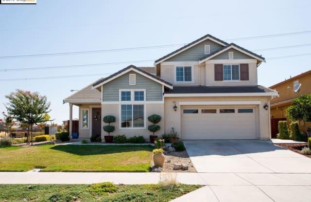 1103 Lake Park Dr - 1103 Lake Park Drive, Oakley, CA 94561