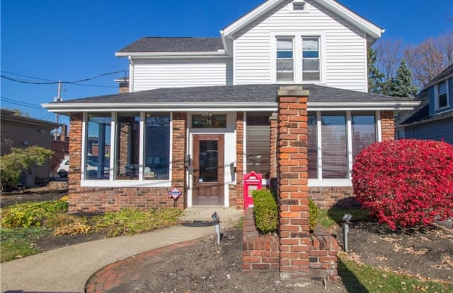 10 Public Sq - 10 East Spaulding Street, Willoughby, OH 44094