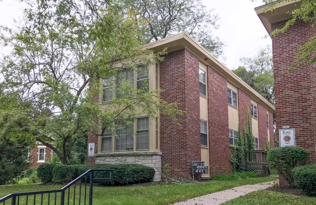 2519 N Lake - 2519 North Lake Drive, Milwaukee, WI 53211
