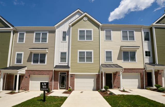 Lawrenceville Place - 368 Winesap Dr, Pittsburgh, PA 15201