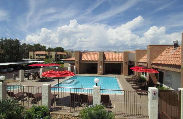 Summerhill Pointe Apartments - 9501 W Sahara Ave, Las Vegas, NV 89117