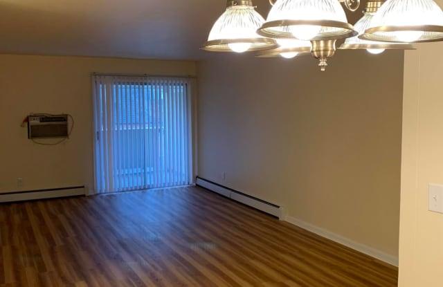 Parkview Manor - 2200 Washington Avenue, Racine, WI 53405