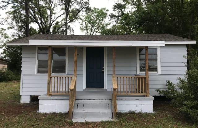 3302 N. Roosevelt St. - 3302 North Roosevelt Street, Goulding, FL 32503