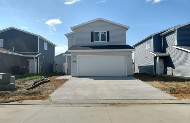 6985 Majestic Loop - 6985 Majestic Loop, Lincoln, ND 58504