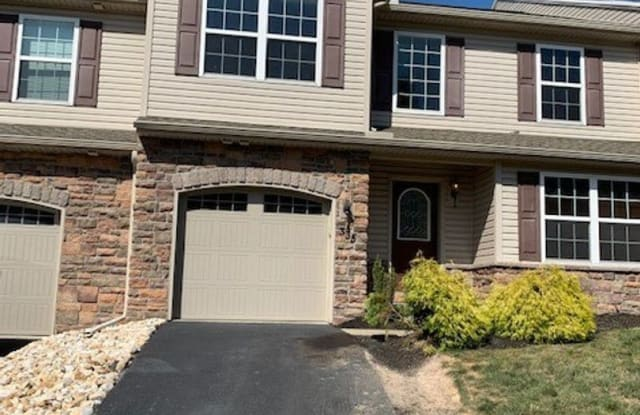 335 Weatherstone Dr - 335 Weatherstone Dr, York County, PA 17070