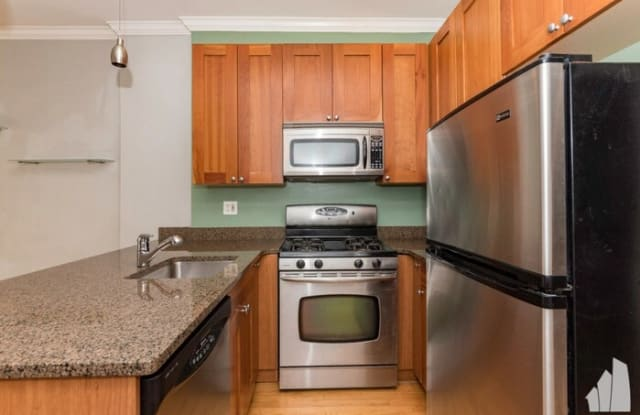 860 West Buckingham Place Chicago Il Apartments For Rent