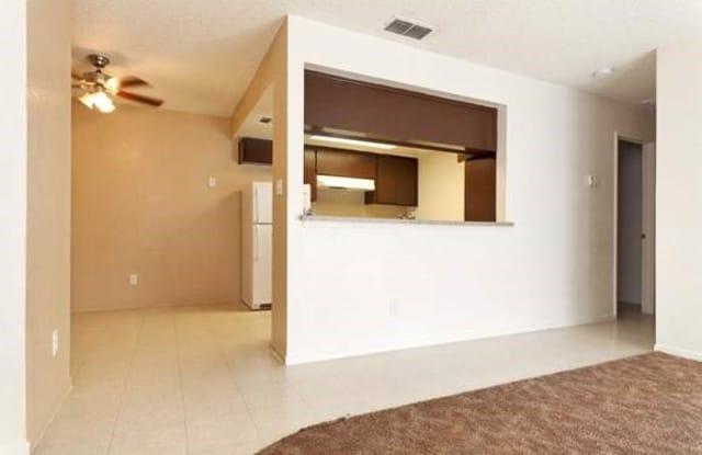 Income Restricted - La Paz Villa - 13121 E Young Ave, Parlier, CA 93648