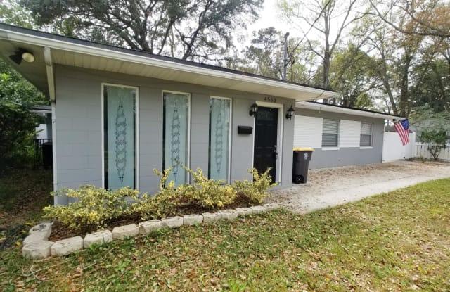 4560 SUSSEX AVE - 4560 Sussex Avenue, Jacksonville, FL 32210