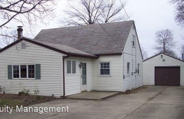155 N. Roanoke - 155 North Roanoke Avenue, Austintown, OH 44515