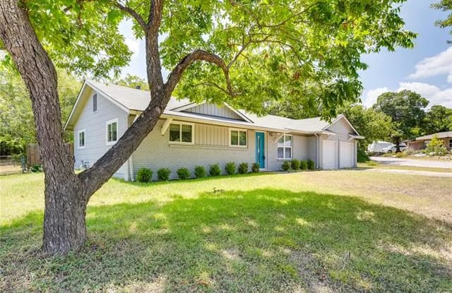 5404 Darlington LN - 5404 Darlington Lane, Austin, TX 78723