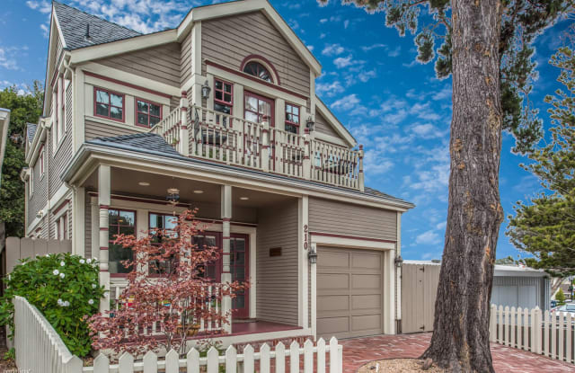 3703 La Gloria Cottage-by-the-Sea - 210 Park Street, Pacific Grove, CA 93950