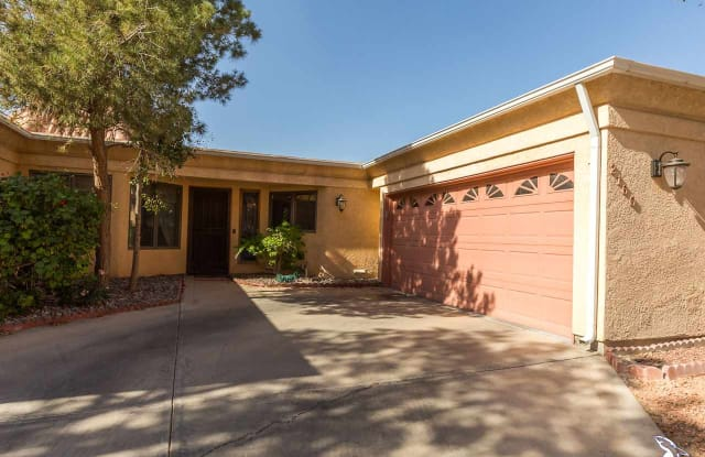 2160 S DEL VALLE WY - 2160 South Del Valle Way, Yuma, AZ 85364