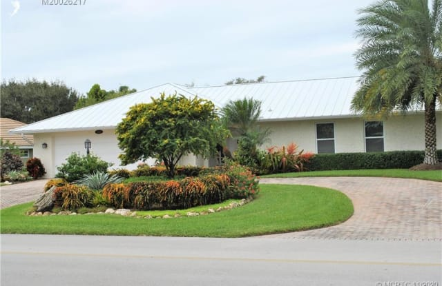 3221 SE Fairway W - 3221 Southeast Fairway West, Martin County, FL 34997