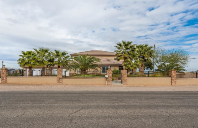 5870 W Oquendo Rd - 5870 West Oquendo Road, Spring Valley, NV 89118