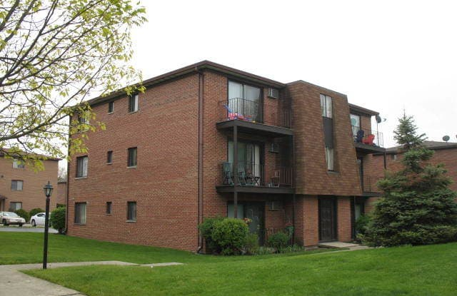 709 West 65TH Street - 709 West 65th Street, Westmont, IL 60559