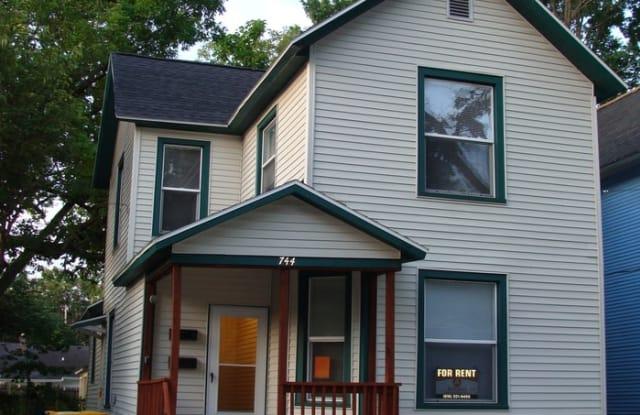 744 Jackson Street Northwest - 744 Jackson Street Northwest, Grand Rapids, MI 49504