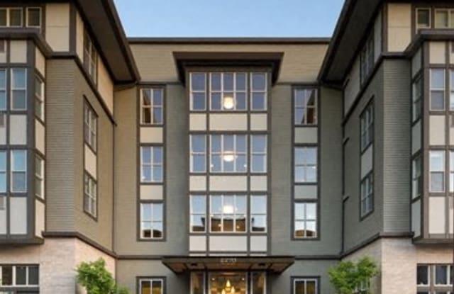 Savier Street Flats - 2270 NW Savier St, Portland, OR 97210